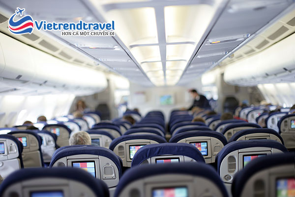 khoang-hanh-khach-american-airlines-vietrend-travel