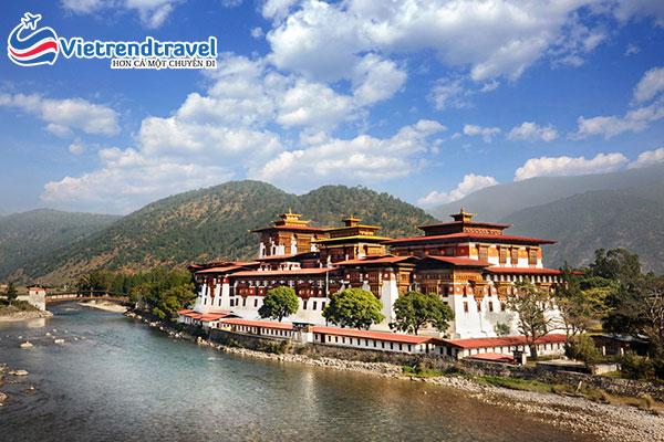 thung-lung-punakha-bhutan-vietrend-travel