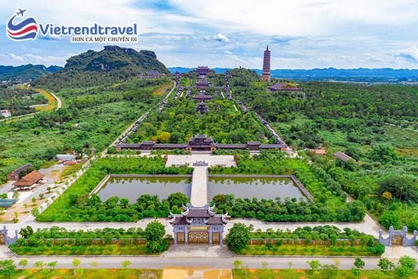 chua-bai-dinh-vietrend-travel