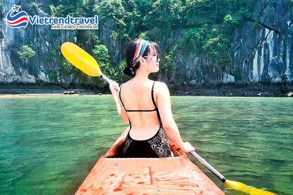 hinh-anh-khach-du-lich-cua-vietrend-travel-tai-ha-long