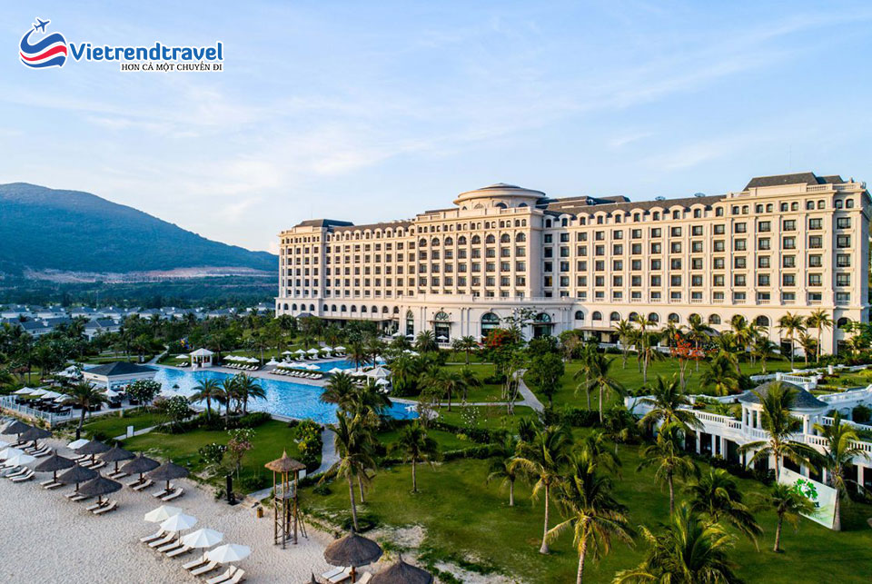 vinpearl-discovery-1-nha-trang-toan-canh-vietrendtravel